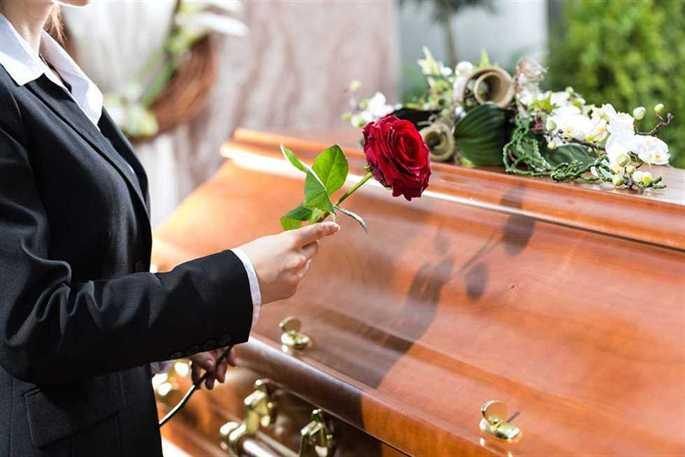 How Long Can You Delay A Funeral?